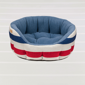 DECKCHAIR-STRIPE-BED